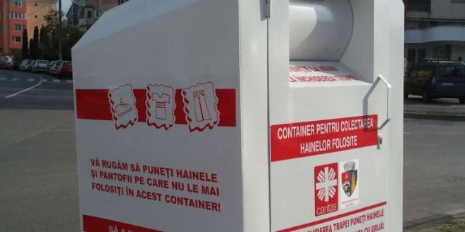 Un proiect Caritas în derulare: Containere speciale destinate colectării hainelor