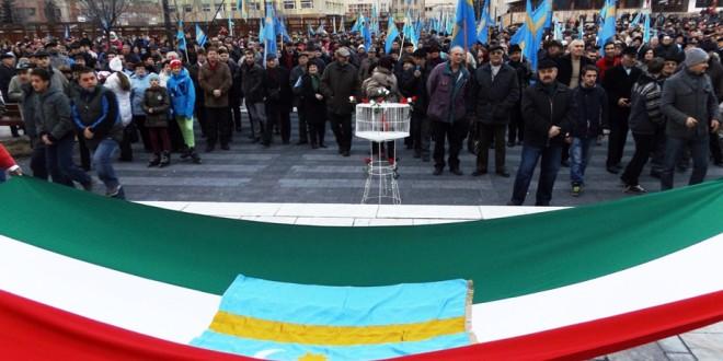 Câteva mii de etnici maghiari au cerut, iarăşi, autonomie în Secuime