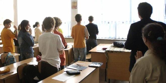 Peste 95% dintre părinţii elevilor au depus cereri privind ora de Religie
