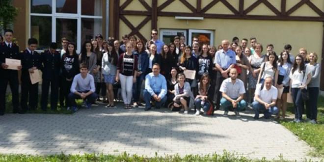 """Miercurea-Ciuc: Concursul Naţional """"Tinerii dezbat"""", etapa regională"""