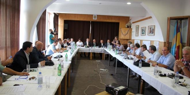 Consiliul Judeţean a onorat invitaţia primarului din comuna Ciumani