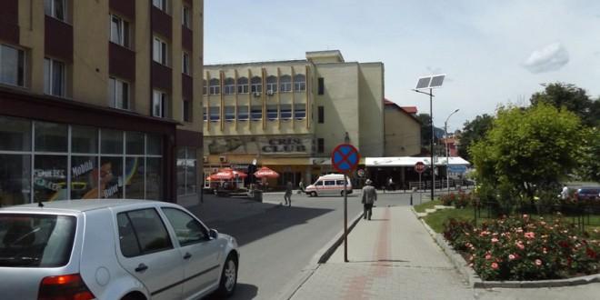 De astăzi, preluarea documentelor necesare operaţiunilor de înmatriculare a vehiculelor şi eliberarea plăcuţelor cu numere de înmatriculare se efectuează şi în municipiul Topliţa