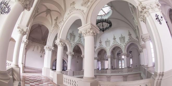 România turistică: Palatul Culturii din Iaşi primeşte iar vizitatori!