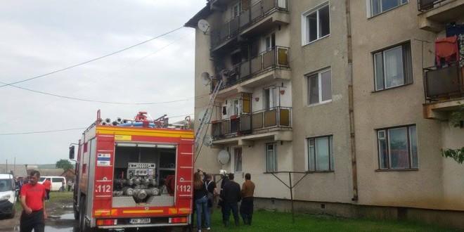 În urma exploziei de la Siculeni, proprietarul apartamentului a murit la spital