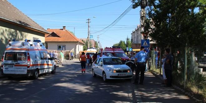 Miercurea-Ciuc: Ambulanţă SMURD aflată în misiune, implicată într-un accident rutier