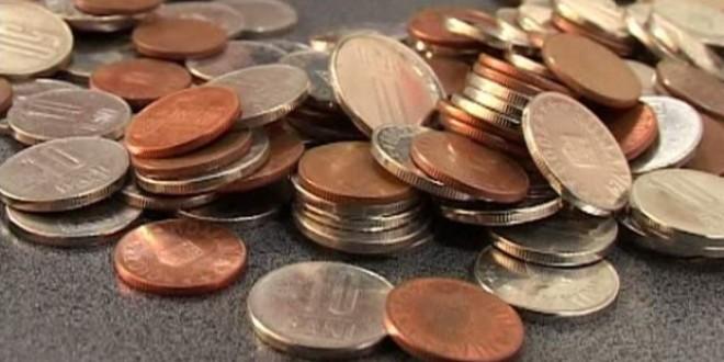 Metodă de înşelăciune: monede de 10 bani pentru bijuterii