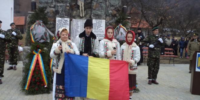 La Tulgheş şi Corbu au avut loc Ceremoniale militare şi religioase de Ziua Naţională a României