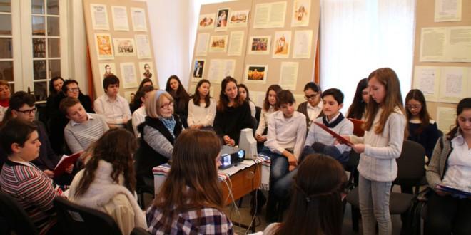 """De Ziua Micii Uniri, elevi de la """"Liviu Rebreanu"""" şi """"Goga"""" au ţinut o lecţie deschisă"""