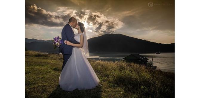 Ţi-ai programat nunta? Îţi trebuie şi un fotograf profesionist!