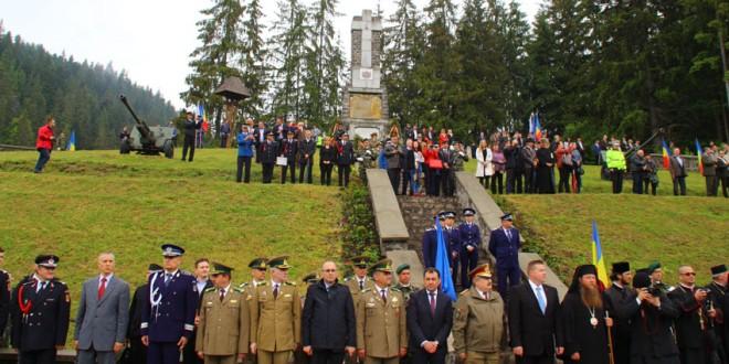 În fiecare an, de Înălţare, românii îşi aduc aminte şi de eroii neamului