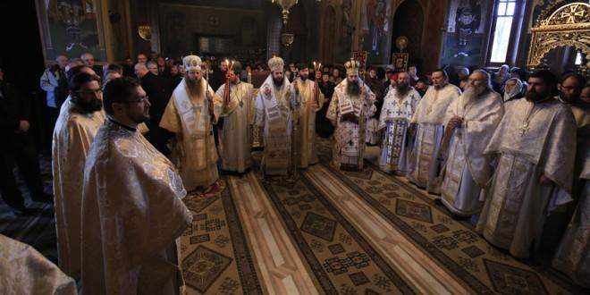 """Hramul Catedralei Episcopale din Miercurea-Ciuc: """"Să fim împreună, în unitate de credinţă şi de neam!"""""""