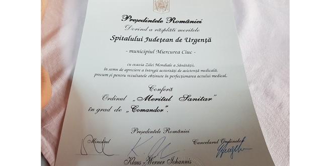 """Spitalul Judeţean de Urgenţă din Miercurea Ciuc, decorat cu Ordinul """"Meritul Sanitar"""", în grad de Comandor"""