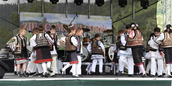 De Rusalii, corbenii şi-au serbat ziua comunei