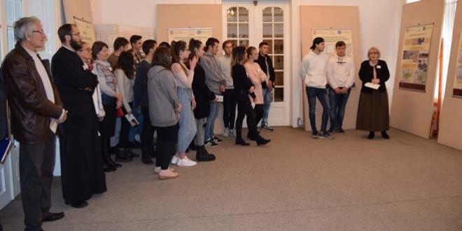 """Expoziţia """"Românii din fostele scaune secuieşti şi Marea Unire"""", vernisată la Miercurea Ciuc"""