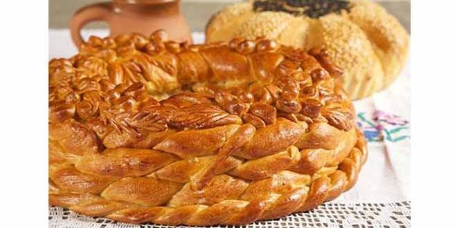 De ce îşi primesc românii oaspeţii cu pâine şi sare? Misterul unei tradiţii care provine din ritualul unei religii secrete
