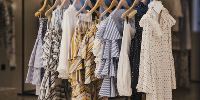 De pe podium: Top 5 piese vestimentare care NU trebuie să îți lipsească în luna iunie