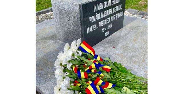 Eveniment de comemorare a eroilor la Cimitirul Internaţional de la Valea Uzului, de Ziua Armatei