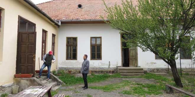Fonduri europene Regio pentru reabilitarea şi dotarea grădiniţei din comuna Ciumani