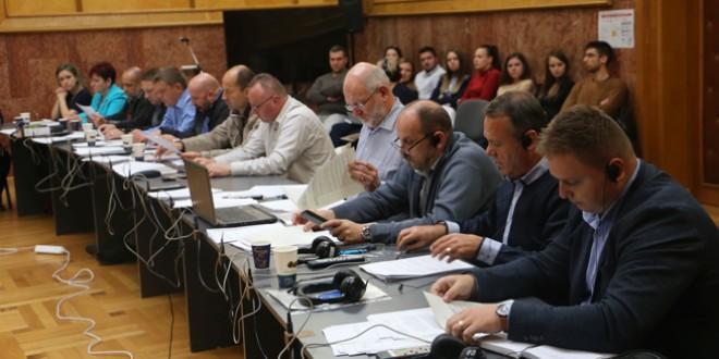 Alocări şi investiţii – subiectele cheie ale ordinii de zi a şedinţei ordinare a Consiliului Judeţean Harghita
