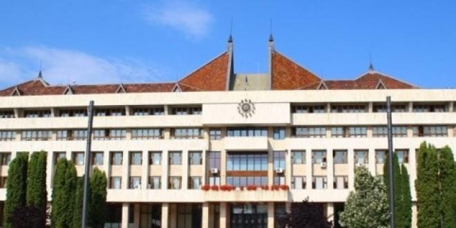 Şedinţa ordinară a Consiliului Judeţean : sprijin pentru dezvoltare şi servicii