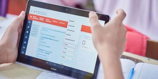 86% dintre elevii din Harghita au beneficiat de şcolarizare online