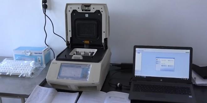 A fost instalat aparatul de testare PCR achiziţionat din donaţiile celor de la Romaqua şi Perla Harghitei