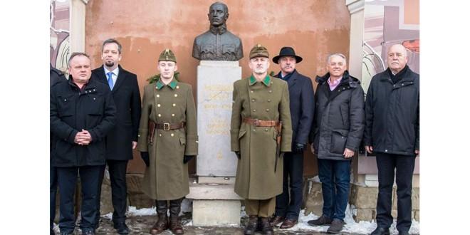 <h5>Români şi unguri în Transilvania, înainte şi după Trianon (2)</h5>Crime în Transilvania comise de ciracii lui Béla Kun