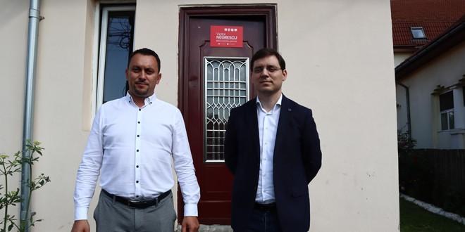 În Topliţa a fost deschis primul birou europarlamentar din zona de nord a judeţului