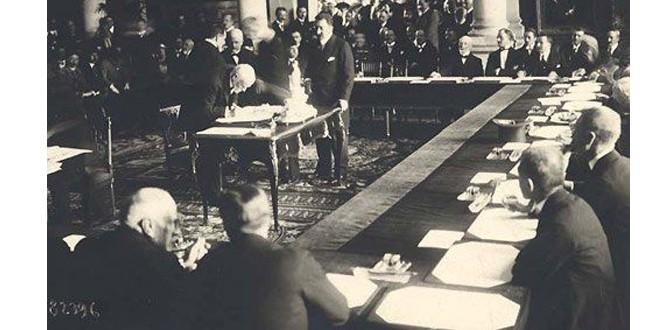 """Ceremonia semnării tratatului de pace cu Ungaria, de la Trianon, reflectată în ziarul francez """"Le Figaro"""""""