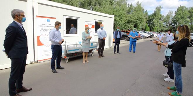 Paturi de terapie intensivă performante donate spitalului judeţean de Asociaţia comunelor din Ciucul de Sus