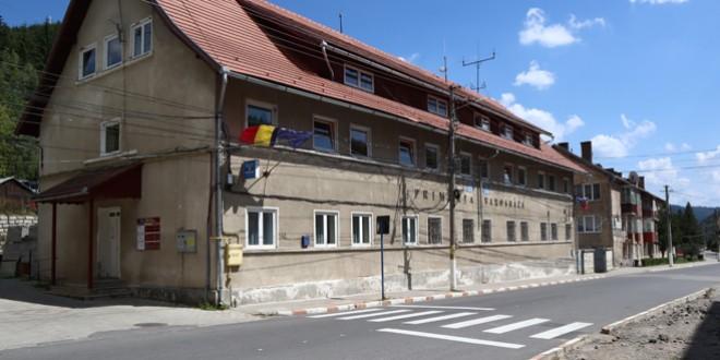 Lucrările de reabilitare termică la o parte din cele 6 blocuri din Bălan pentru care s-a obţinut finanţare vor începe, cel mai probabil, în luna octombrie