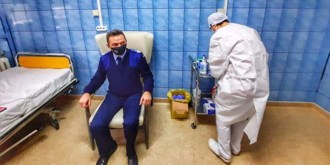 Şi jandarmii harghiteni se vaccinează împotriva COVID-19