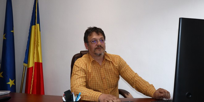 <h5><i>De vorbă cu Ciprian Rugină, administrator public, despre</i></h5> Planurile noii administraţii topliţene (III)