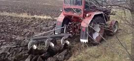 Lucrări agricole întârziate