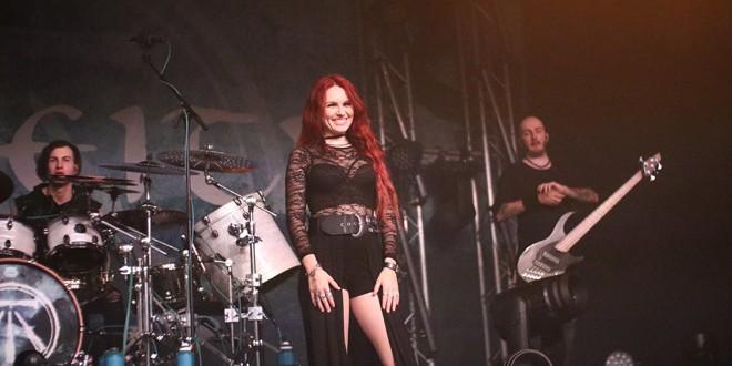 <h5><i>Vești bune pentru fanii muzicii rock din țară:</i></h5>Maximum Rock Festival se va ține în luna septembrie